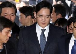 """5 سنوات سجنا لرئيس """"سامسونغ"""" بتهمة الرشوة"""