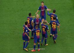 ميسي يقود برشلونة للفوز على لاس بالماس رغم غياب الجماهير