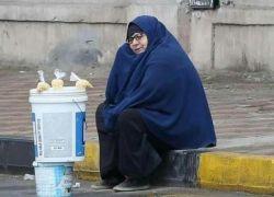 مصر تخصص راتباً شهريا لبائعة الترمس التي خطفت قلوب الملايين