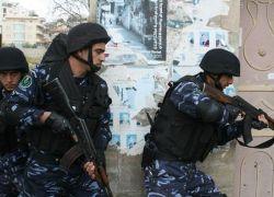 الشرطة تقبض على ابو طير المتورط بقضية انتحار فتاه بعد ان ابتزها بصور وفيديوهات لها