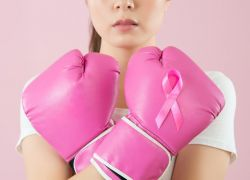اتبعي هذه الخطوات الـ6 لتقي نفسك من سرطان الثدي