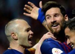 برشلونة يطحن أشبيلية بخماسية ويتوج بنهائي كأس الملك