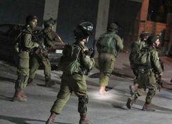 قوات الاحتلال تعتقل 4 مواطنين من طولكرم