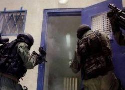 قوات القمع تقتحم قسم الأسرى في 'عسقلان'
