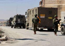 اعتقال فلسطيني بحوزته سكين قرب مستوطنة بساغوت