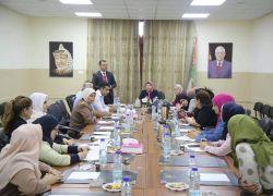 محافظة طولكرم وبنك فلسطين ينظمان لقاء توعويا مع القطاع النسوي عن المعاملات البنكية