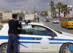 الشرطة تنقذ طفلا من داخل مركبة غير قانونية في طولكرم
