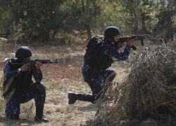 شرطة رام الله تقبض على شخص صادر بحقه مذكرات بقيمة مليون ونصف المليون شيقل