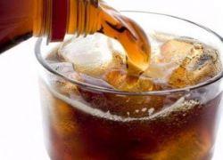 ماذا يحدث لجسمك عند التوقف عن تناول المشروبات الغازية الخالية من السكر ؟