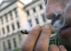 """لا عقوبات على تدخين """"الماريغوانا"""" في اسرائيل"""