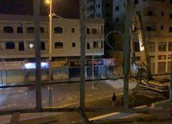 الاحتلال يهدم منزل عائلة الشهيد 'خليفة' بقلنديا