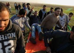 3 إصابات إحداها خطيرة بمواجهات الاحتلال في قطاع غزة