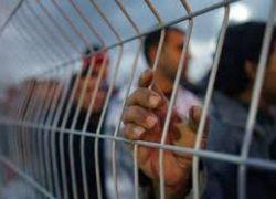 الاحتلال يزعم: أسير حاول طعن ضابط في سجن إيشل وأصابه بجروح طفيفة