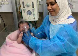 استئصال ورم سرطاني من قلب رضيعة بحجم 3 سم بمستشفى المقاصد