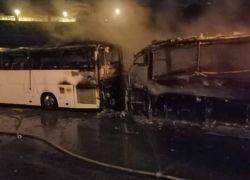 حريق يلتهم حافلة في بيت لحم