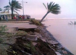 إعصار سون تين فقدان 70 مركبا على نهر بين الصين وفيتنام جراء فيضان