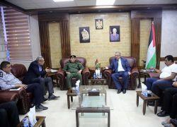 محافظ طولكرم عصام أبو بكر يشدد على مواصلة إتخاذ الإجراءات القانونية الصارمة بحق المعتدين على حرمة الأودية