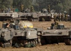 هآرتس : إسرائيل من طلبت تأجيل إعلان التهدئة