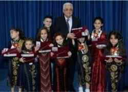 الرئيس يتسلم مفاتيح القدس: سنذهب للأمم المتحدة لنحصل على حقنا