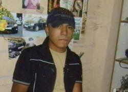 قاتل المغدورة نسرين أبو حسنين شارك في مراسم دفنها ومشى في جنازتها