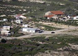 مستوطنون يقيمون بؤرة استيطانية جديدة على جبل المنطار شرق بلدة السواحرة الشرقية