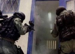 هيئة الاسرى: قوات القمع تقتحم سجن جلبوع وتعتدي على الاسرى