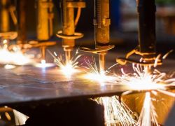 وزارة الاقتصاد : افتتاح مشاريع جديدة برأس مال 83 مليون دولار