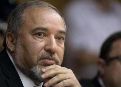 ليبرمان :نحن مستعدون لصد أي هجوم قادم من غزة