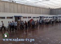 فروانة:4700أسير في سجون الاحتلال بينهم 185طفلاً و320 معتقلا إداريا
