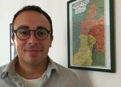 مارك حلاوة،ولد فلسطينيا، ودرس في مدرسة دينية يهودية