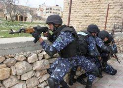 الشرطة تقبض على مطلوب صادر بحقه حكم غيابي بالسجن 3 سنوات