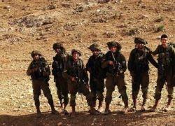"""الاحتلال يفرض طوقا عسكريا على """"الحديدية"""" ويمنع وصول المتضامنين إليها"""