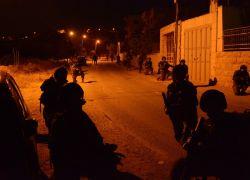 الاحتلال يقتحم عدة قرى في محيط نابلس ويستولي على كاميرات مراقبة
