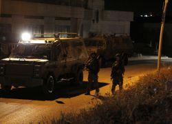 قوات الاحتلال تعتقل شاباً من بلدة بيت ليد شرق طولكرم