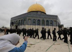 """ابعادات عن المسجد الاقصى عشية """"عيد العرش اليهودي"""""""