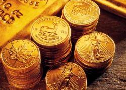 مصري يعثر على حقيبة مليئة بالذهب ...وهذا ما فعله بها