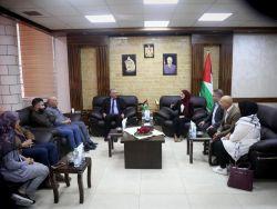 محافظ طولكرم عصام أبو بكر يؤكد على أهمية دور الشباب الفلسطيني ومكانتهم