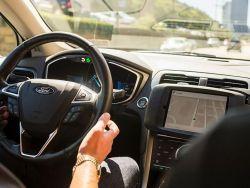 المركبات الذكية تعيد تشكيل خريطة التحالفات في صناعة السيارات