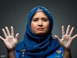 امرأة تغسل يديها 300 مرة يوميا .. وتستحم 25 مرة