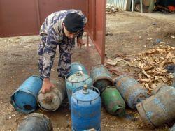 الدفاع المدني يقدم شروح في مدرستين بجنين لكيفية التعامل مع اسطوانات الغاز