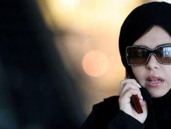 """عربية تطلب الطلاق من زوجها بسبب """"حركة غريبة"""""""