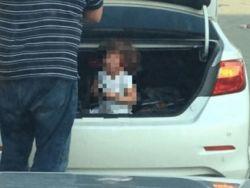 القبض على رجل احتجز ابنته بصندوق سيارته