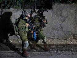 قوات الاحتلال تعتقل شابا من مخيم نور شمس شرق طولكرم