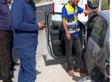 الاحتلال يحتجز طاقم وزارة النقل والمواصلات