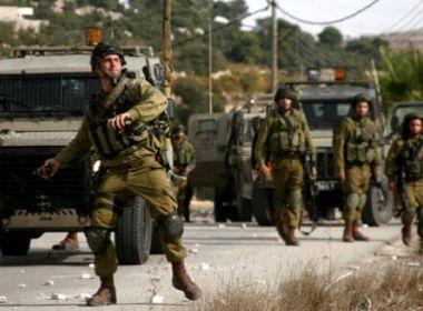 عشرات الاصابات بالرصاص في مواجهات متفرقة مع الاحتلال في الضفة الغربية