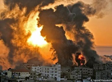 الاحتلال استخدم 160 طائرة و450 صاروخا وقذيفة خلال عداونه على غزة الليلة الماضية