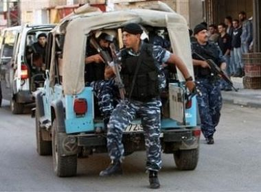 اللواء كميل : الأجهزة الأمنية تقبض على عصابة لسرقة البنزين من مركبات المواطنين في طولكرم
