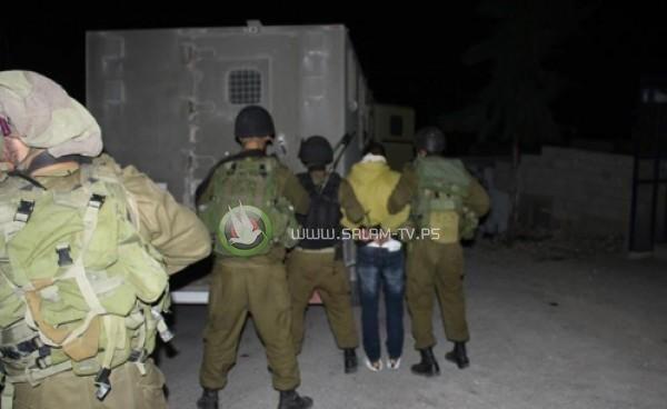 قوات الاحتلال تعتقل 5 مواطنين من طولكرم