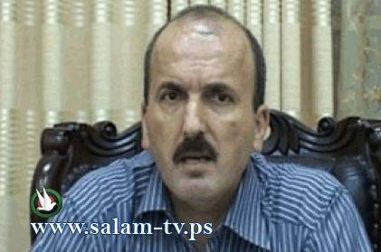 """محافظ طولكرم يوقع على افتتاح مركز """"تواصل"""" في المحافظة"""