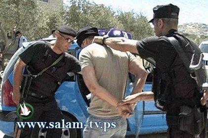 شرطة طولكرم تلقي القبض على شخصين سرقا شركة للسجاد